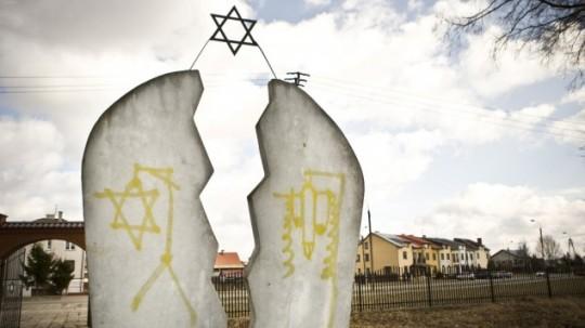 Poland-Anti-Semitism_Horo-e1372833437144-635x357